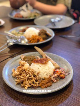 Foto 1 - Makanan di Babi Guling Ko Made oleh Gendut Serba salah