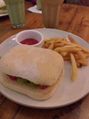Foto 2 - Makanan di Douwe Egberts oleh IG:  ReeMeyna