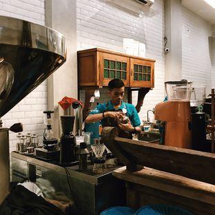 Foto 8 - Interior di Ragil Coffee & Roastery oleh Della Ayu