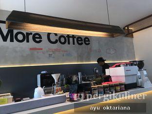 Foto 4 - Interior di Work Coffee oleh a bogus foodie