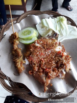 Foto 2 - Makanan di Ayam Gepuk Pak Gembus oleh Eka M. Lestari
