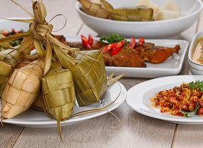 Tips Makan Enak dan Sehat Saat Hari Raya Idul Fitri