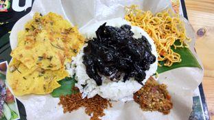 Foto 1 - Makanan(nasi cumi) di Nasi Cumi Hitam Madura Pak Kris oleh Komentator Isenk