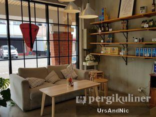 Foto 7 - Interior di Pizza Place oleh UrsAndNic