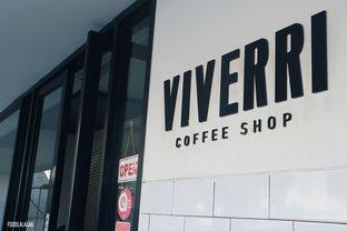 Foto 1 - Interior di Viverri Coffee oleh Foodlalalaa