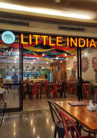 Foto Eksterior di Little India Restaurant