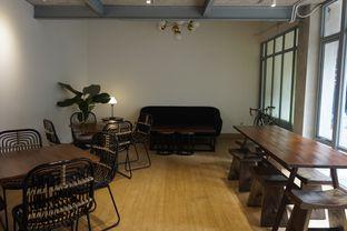 Foto 15 - Interior di KOLO Kopi Lokal oleh yudistira ishak abrar