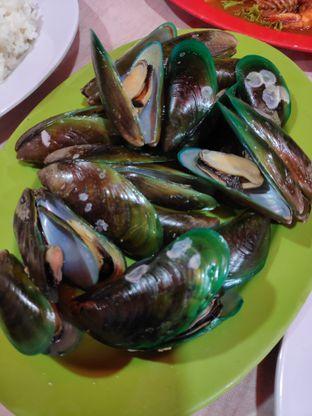 Foto 4 - Makanan(Kerang ijo rebus) di Seafood Kalimati 94 Mulyono oleh Gabriel Yudha | IG:gabrielyudha