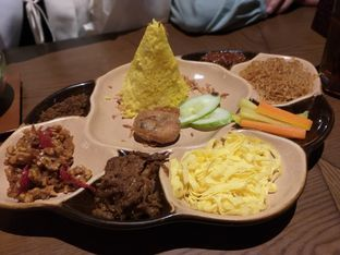 Foto 3 - Makanan di Remboelan oleh IG:  ReeMeyna