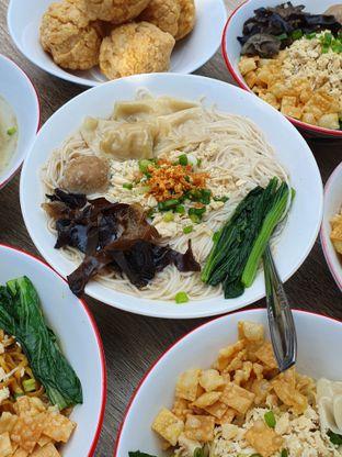 Foto 2 - Makanan di Bakmie Tjap Ayam oleh imanuel arnold