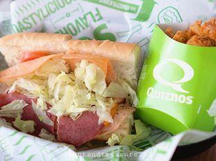 Foto 2 - Makanan di Quiznos oleh Huntandtreasure.id