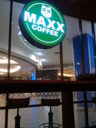 Foto 2 - Interior di Maxx Coffee oleh lisa hwan