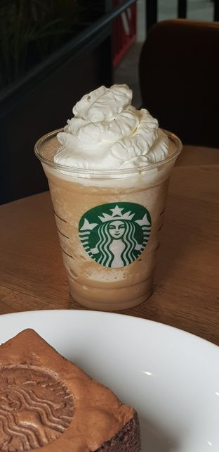 Foto review Starbucks Coffee oleh IG: FOODIOZ  2