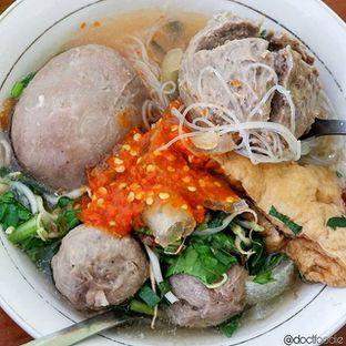 Foto - Makanan di Bakso Titoti oleh Doctor Foodie