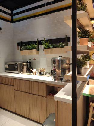 Foto 7 - Interior di Sushi Kiosk oleh inggie @makandll