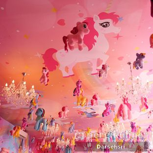 Foto 4 - Interior di Miss Unicorn oleh Darsehsri Handayani