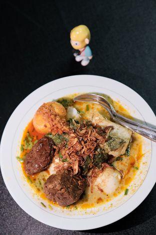Foto 10 - Makanan di Laksa Betawi Assirot oleh harizakbaralam