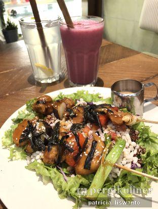 Foto 2 - Makanan di Burgreens Express oleh Patsyy