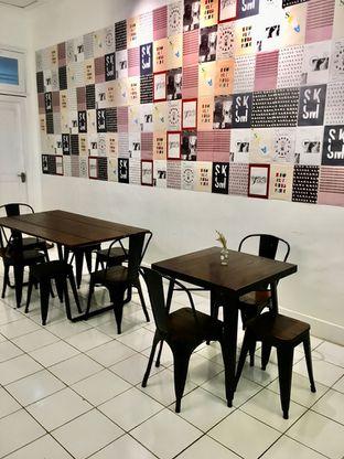 Foto 1 - Interior di Saksama Coffee oleh Prido ZH