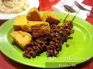 Foto 2 - Makanan di Nasi Uduk Aquarius 94 oleh Fransiscus