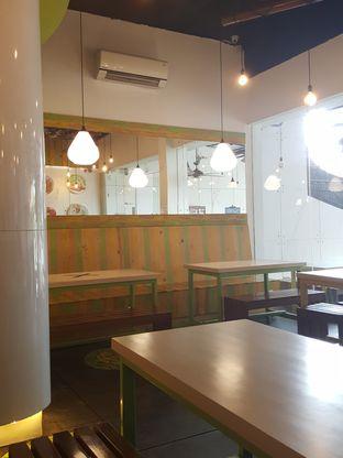 Foto 5 - Interior di Kedai Es Pisang Ijo Pemuda oleh Stallone Tjia (@Stallonation)