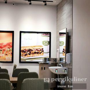 Foto 5 - Interior di Quiznos oleh Irene Stefannie @_irenefanderland