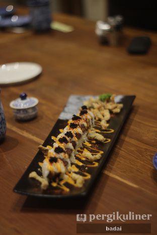 Foto 3 - Makanan(Super Spicy Salmon Skin & Tuna) di Seigo oleh Winata Arafad