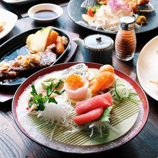 Foto 4 - Makanan(Sashimi goten mori) di Sakana Resto oleh Claudia @claudisfoodjournal
