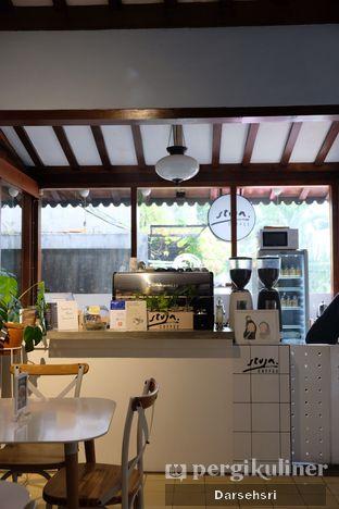 Foto 5 - Interior di Stuja Coffee oleh Darsehsri Handayani