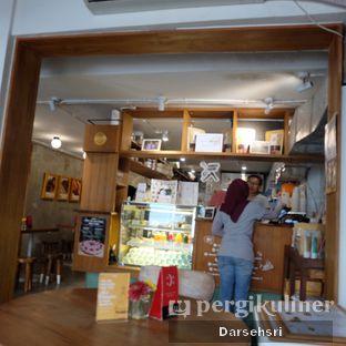 Foto 9 - Interior di Burgreens Express oleh Darsehsri Handayani