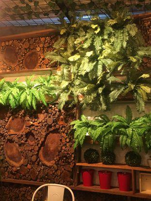 Foto 10 - Interior di Dimitree Coffee & Eatery oleh RI 347 | Rihana & Ismail