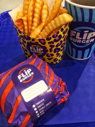 Foto 2 - Makanan di Flip Burger oleh Fadhlur Rohman