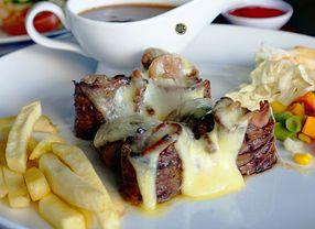 18 Tempat Makan di Manyar Surabaya yang Paling Diburu