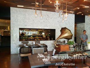 Foto 7 - Interior di Cassis oleh JC Wen