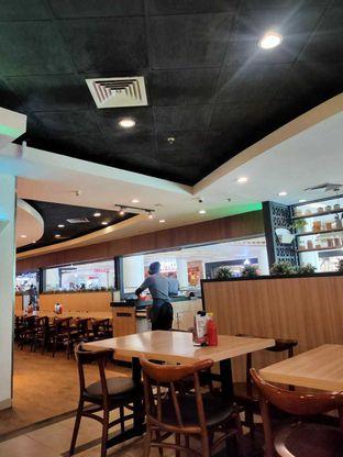 Foto 3 - Interior di Pizza Hut oleh sulthan adhyaksa
