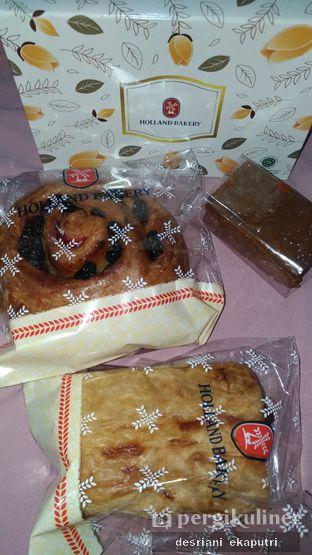 Foto 4 - Makanan di Holland Bakery oleh Desriani Ekaputri (@rian_ry)