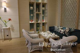 Foto 7 - Interior di Peacock Lounge - Fairmont Jakarta oleh Darsehsri Handayani