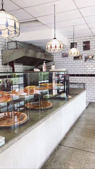 Foto 7 - Interior di Pizza Place oleh Riris Hilda