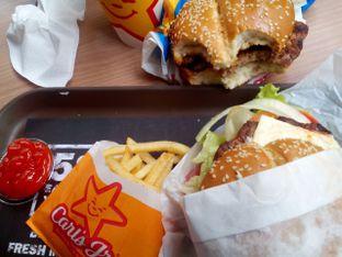 Foto 2 - Makanan di Carl's Jr. oleh Cindy Anfa'u