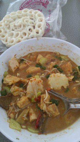 Foto 2 - Makanan di Rujak Soto Banyuwangi oleh Farah Rusyda Santoso