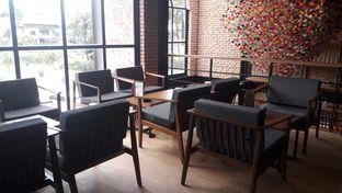 Foto review Collin's oleh Perjalanan Kuliner 7