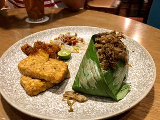 Foto review Putu Made oleh Freddy Wijaya 4