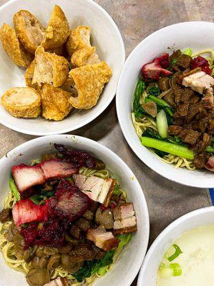 Foto 1 - Makanan di Bakmi Aboen oleh Duolaparr