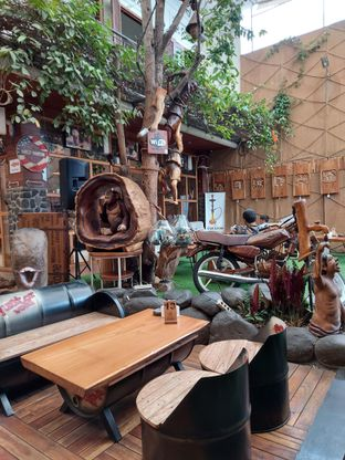 Foto review Equator Coffee & Gallery oleh Mouthgasm.jkt  3