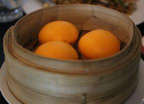 5 Bakpao dengan Olahan Telur Asin Paling Enak