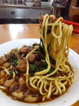 Foto - Makanan di Mie Kangkung Berkat oleh @duorakuss
