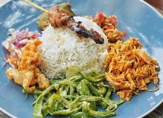 6 Kuliner Bali yang Bikin Kamu Selalu Kangen Pulau Dewata
