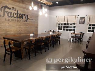 Foto 3 - Interior di Bernardi The Factory Shop & Resto oleh Prita Hayuning Dias