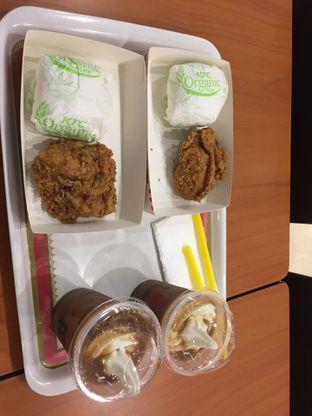 Foto review KFC oleh Yohanacandra (@kulinerkapandiet) 1