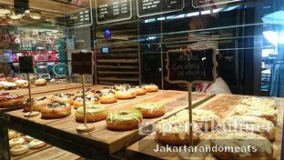Foto review Krispy Kreme Cafe oleh Jakartarandomeats 3